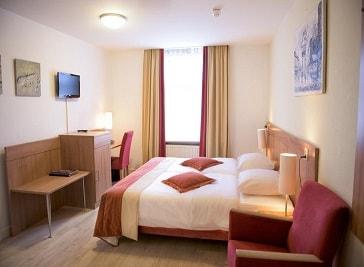 Hotel et le Cafe de Paris in Apeldoorn